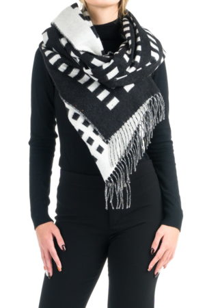 geometric-black-white-wool-stole